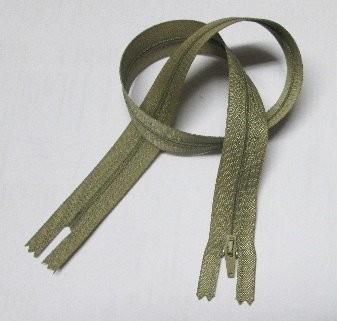 RV grün oliv , 045 cm Kunststoff nicht teilbar