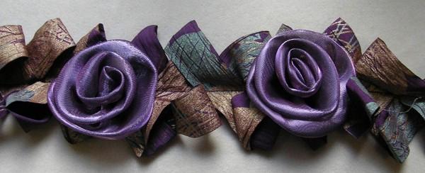 Rosenborte violett-messing-grün elastisch 65mm