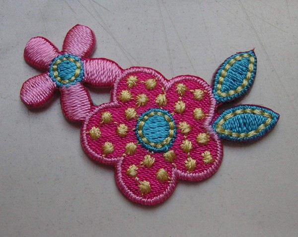 Applikation Blumen pink,rosa,türkis,gelb 45 x 30mm zum Aufbügeln