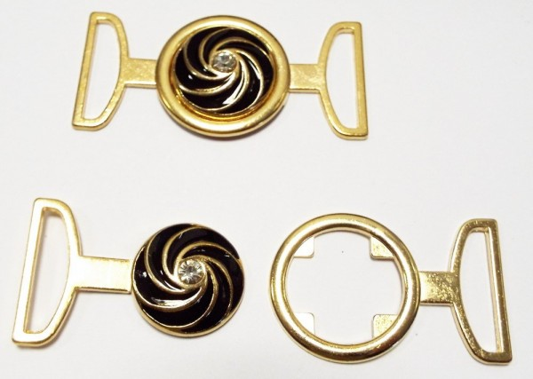 Bekleidungsverschluß gold mit schwarz und Strassstein, zum einhaken 75 x 35 mm