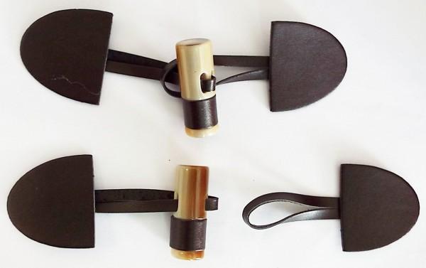 Knebelverschluß dunkel braun mit braunem Knebelknopf 150 mm