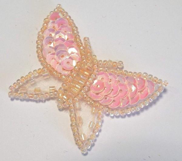 Applikation Schmetterling, zart rosa mit Pailletten und Perlen 50 x 40 mm