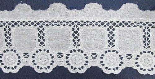 Batist Spitze aufwendiges Design in weiß 11 cm