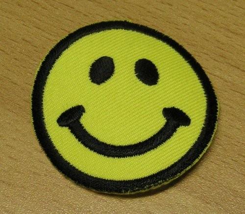 Applikation Smile gelb 48 mm zum aufbügeln