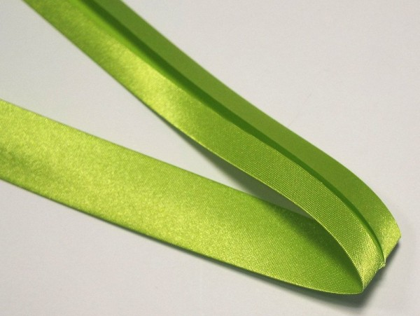 Satinschrägband 30 mm apfel grün